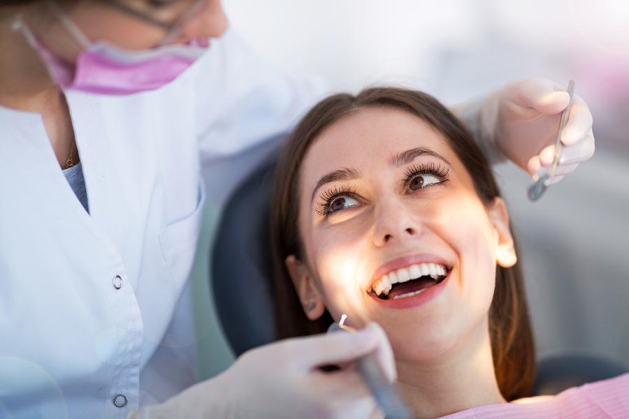 Visitar al dentista en valencia